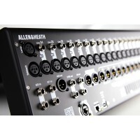 Allen & Heath QU-24C  |  Mixer Digital