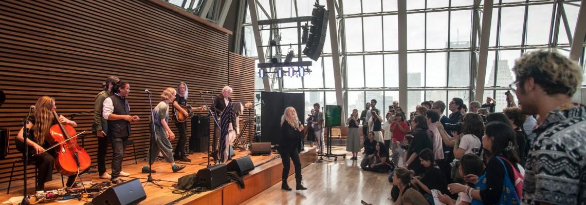 Sistema de audio QSC ofrece una experiencia inolvidable en el CCK con Patti Smith